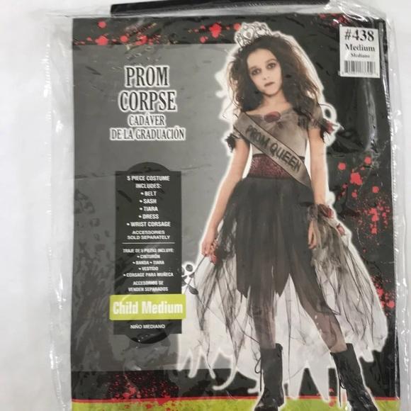 Zombie prom queen Halloween costume 8,10